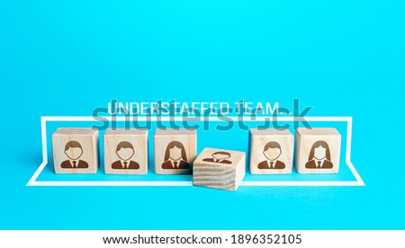 Blocks with a team of people requiring additional staffing. Understaffed team. Searching, hiring, recruiting new candidates. Group reorganization restructuring. Replacement of workers, staff renewal. Foto d'archivio ©