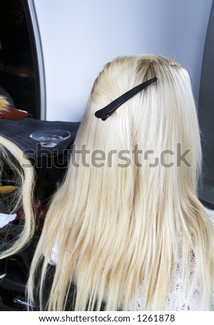 Blond hair extensions 2