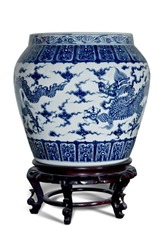Blue and white porcelain dragon tank