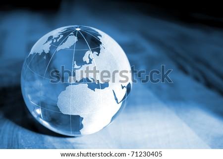 Blue Earth transparent glass