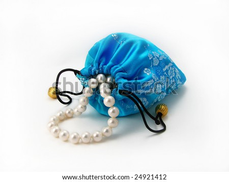 Blue gift bag with pearls