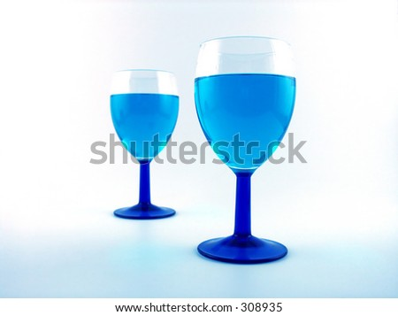 blue glasses with blue drink