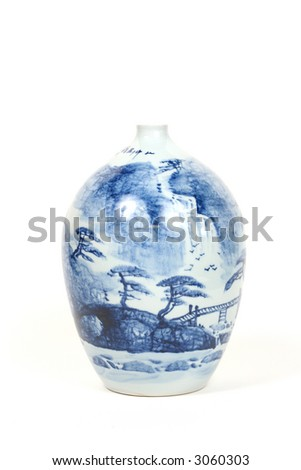 ANTIQUE CHINESE FINE PORCELAIN VASE HAND PAINTED MACAU