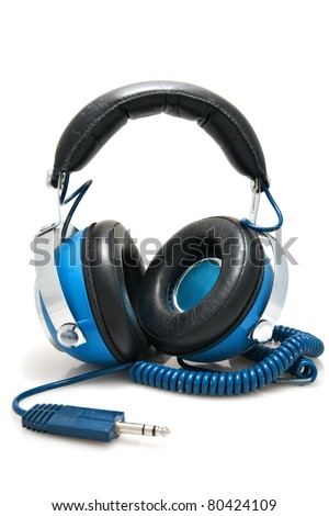 blue headphones ready to be plugged into a stereo