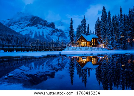 Blue hour overlooking Emerald Lake with Emerald Lake Lodge in the background Сток-фото ©