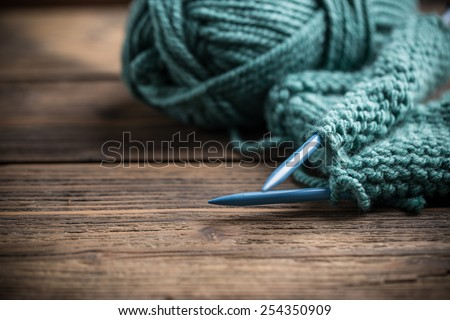 Blue knitting wool and knitting needles  Foto d'archivio ©