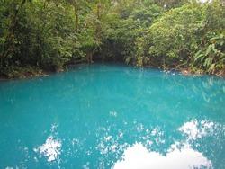 Blue lagoon, río Celeste, Volcán Tenorio national park, Costa Rica