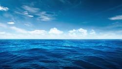 BLUE OCEAN blue sky DAY LIGHT