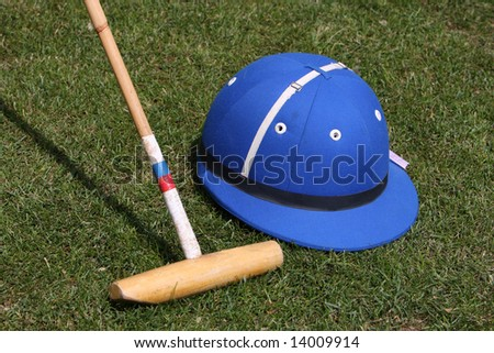 Blue Polo hat and mallet