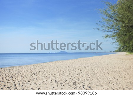blue sky and white sand beach in tropic of Asia