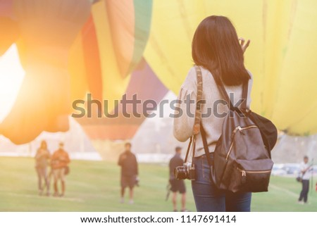 blur photo,Travel a DSLR camera to capture sharp and beautiful images in professional photographers. Cameras use camera to record the hot air balloon festival to submit to the contest.