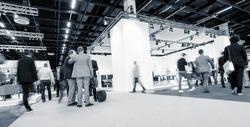 Blurred business people International Tradeshow