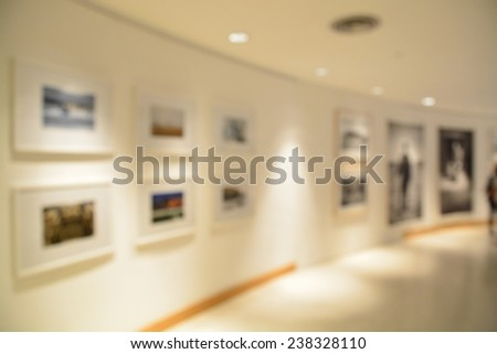 Blurred or defocus of Art Gallery or Museum Background