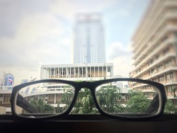 Blurry images of myopic people