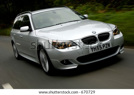 BMW 550 Touring on the Move