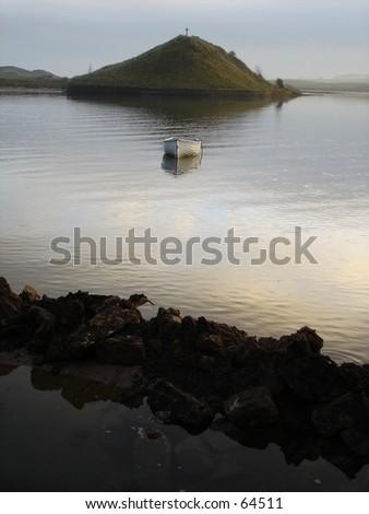 boat hill river lake loch cross crucifix bay
