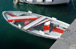 boat sunk due to a storm in italy