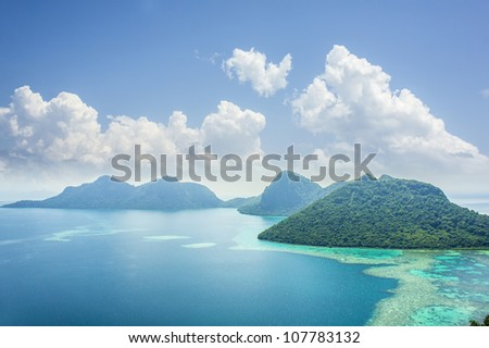 bohey dulang seascape with blue sky