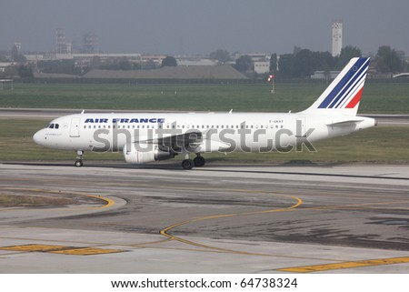 BOLOGNA - OCTOBER 16: Airbus 320 of Air France on October 16, 2010 at Bologna Airport (BLQ). On Nov 8, 2010 it was announced that AF among 12 other airlines will be fined for fixing cargo prices.