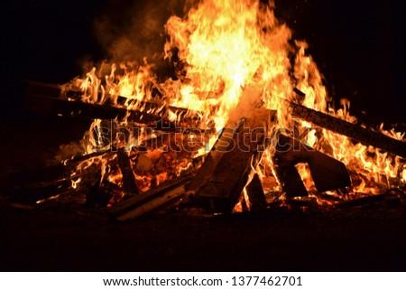bonfire campfire fire blaze burn burning flames flame flaming heat #1377462701