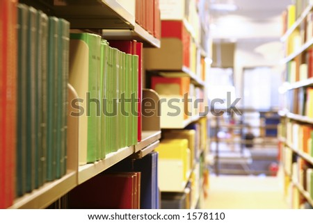Books in library - Shallow DOF