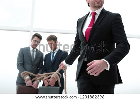 boss and rope-bound employees