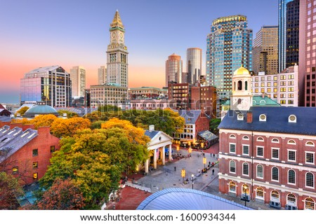 Boston, Massachusetts, USA skyline with Faneuil Hall and Quincy Market at dusk. Stock fotó ©