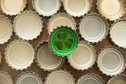 Bottle Cap Green isolated over many cork background