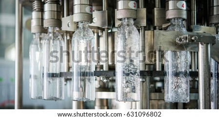 Bottle filling with water