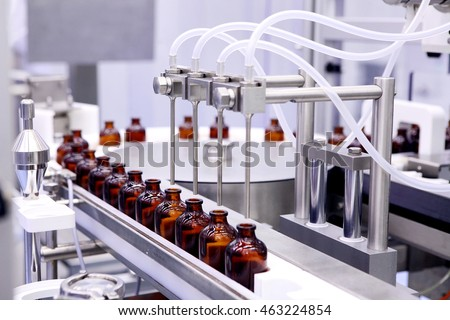 Bottling and packaging of sterile medical products. Machine after validation of sterile liquids