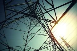 Bottom mesh transmission power towers