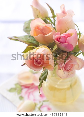 Bouguet of roses in vase