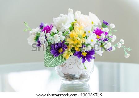 Bouquet flower in vase