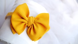 Bow hair with yellow pastel color, so elegant and fashionable. This hair band is for hair accessories headband girl.