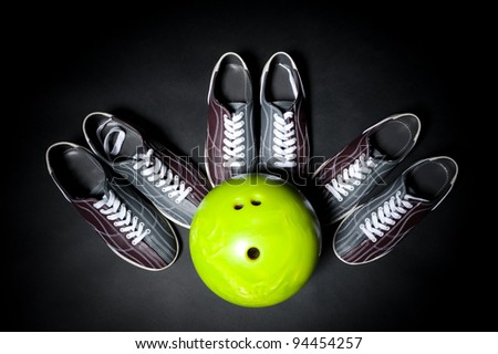 bowling team game