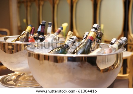 Bowls with iced champagne in a restaurant