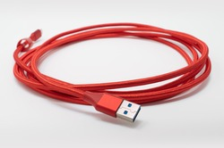 Braided USB 3.0 cable, with USB A to USB C connectors. Long and red USB cable for data transfer at high speeds and charging.