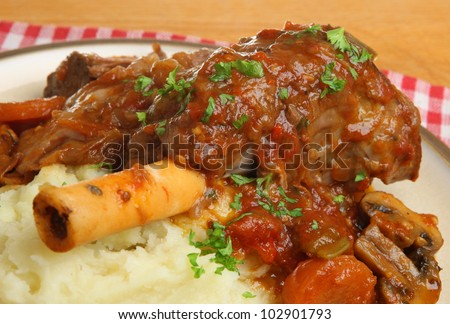 Braised lamb shank with mashed potato