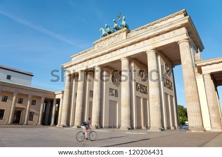 Brandenburg gate, Berlin, cycle passing