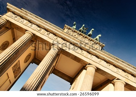Brandenburger Tor at morning