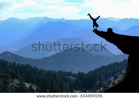 bravest man in the cliff & Risky movement