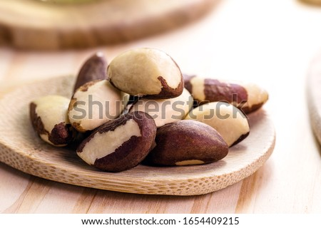 Brazil nuts, Amazon nuts, acre nuts, Bolivia nuts, Toquei or Tururi, is a large tree, very abundant in northern Brazil and Bolivia, whose fruits contain the nut.