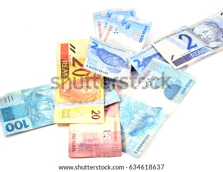 Brazilian currency bills (real and reais) isolated, white background: 2, 10, 20, 50, 100 #634618637