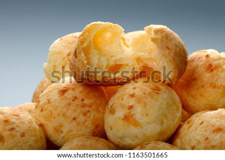 Brazilian snack cheese bread