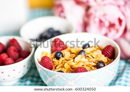 Breakfast Cereal, Table setting.