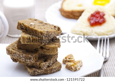Breakfast - Sliced brown bread