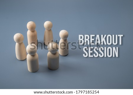 Breakout session concept. Wooden figure circle with text. Foto stock ©
