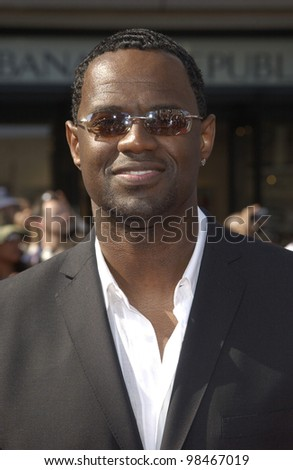 BRIAN McKNIGHT at the 3rd Annual BET (Black Entertainment TV) Awards at the Kodak Theatre, Hollywood. June 24, 2003  Paul Smith / Featureflash