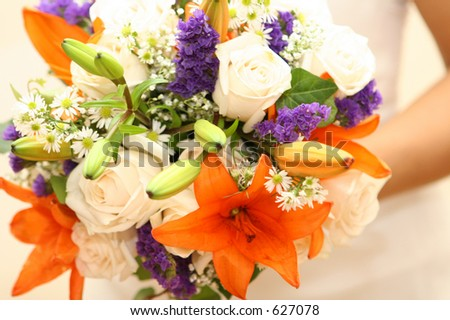 http://image.shutterstock.com/display_pic_with_logo/51268/51268,1129219884,5/stock-photo-bridal-bouquet-627078.jpg