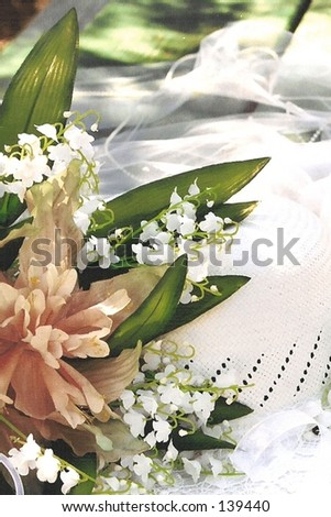 Bridal hat with flowers